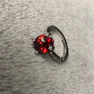 Sliver ruby diamond ring